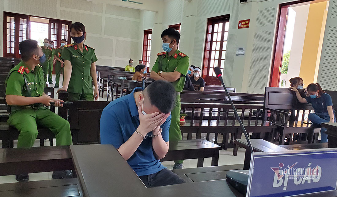Kẻ giết người trong quán karaoke ở Nghệ An lãnh 20 năm tù giam