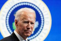 Ông Biden dưới áp lực vắc xin toàn cầu