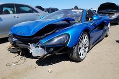 Siêu xe McLaren nát đầu trong tai nạn được rao bán trên mạng