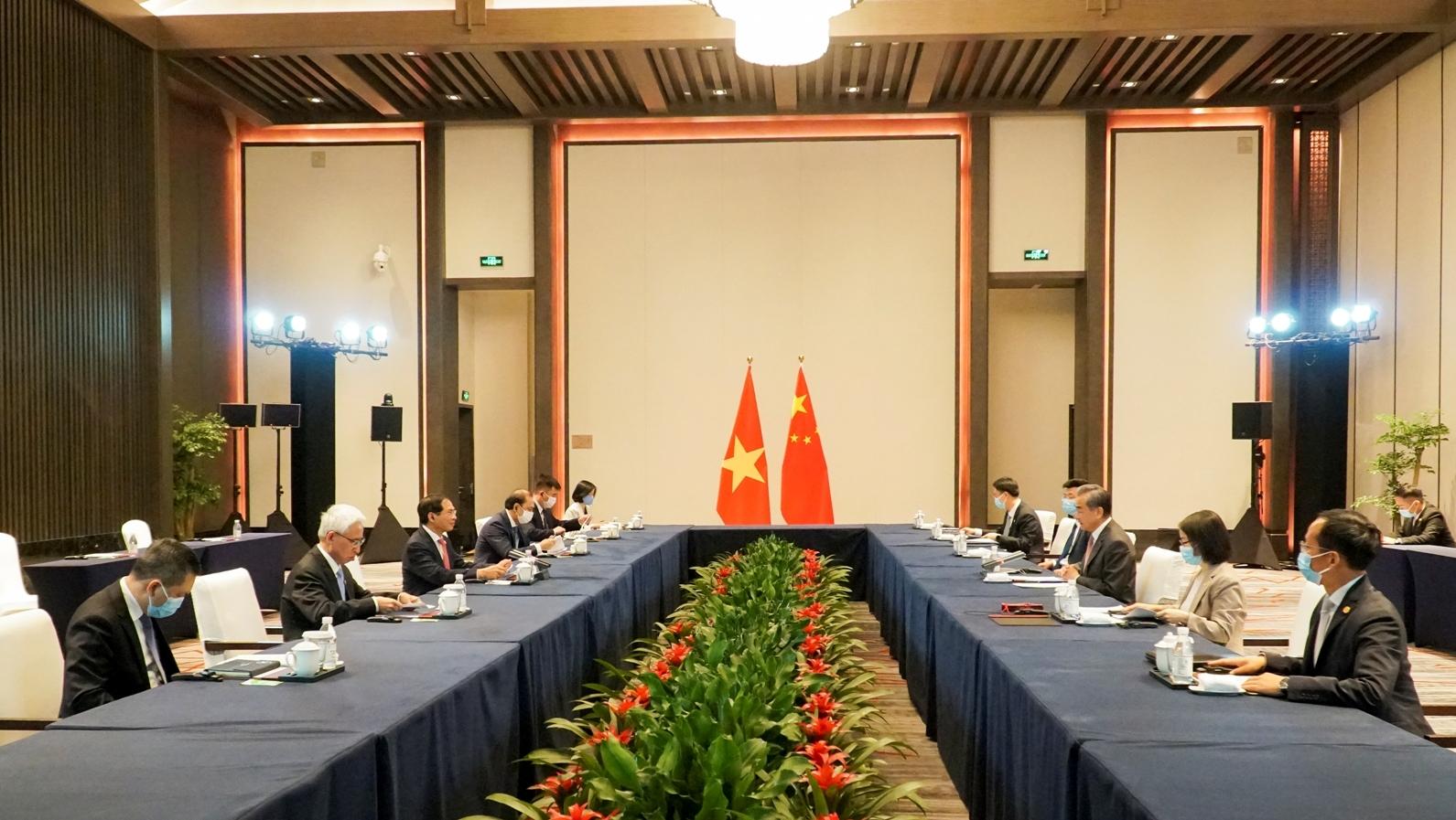 Việt Nam đề nghị cùng Trung Quốc tìm giải pháp lâu dài cho Biển Đông