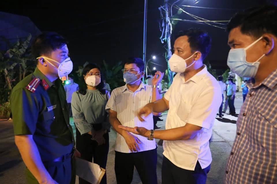 3 mẹ con nhiễm Covid-19, Hà Tĩnh khẩn cấp phong tỏa một thôn