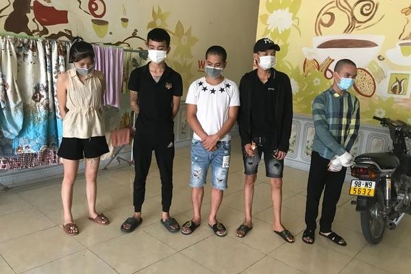 Phạt 75 triệu 5 nam nữ rủ nhau vào nhà nghỉ mùa dịch ở Bắc Giang