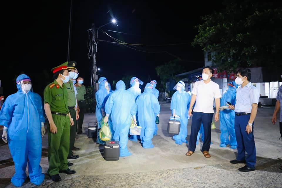 31 học sinh là F1 của 3 mẹ con mắc Covid-19 ở Hà Tĩnh