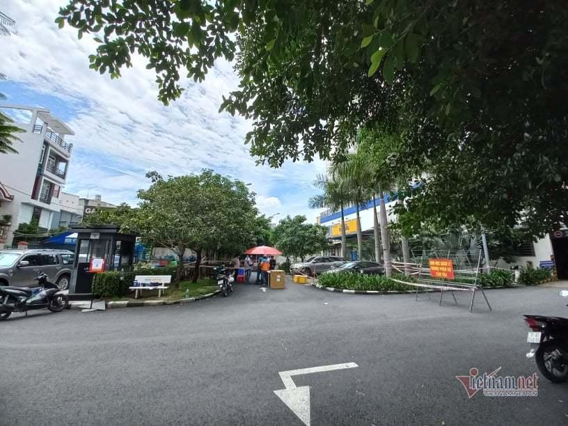 Phong tỏa một block chung cư Bộ Công an ở TP Thủ Đức