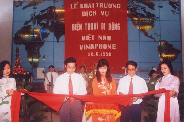25 năm VinaPhone: Vinh quang dấu ấn tiên phong