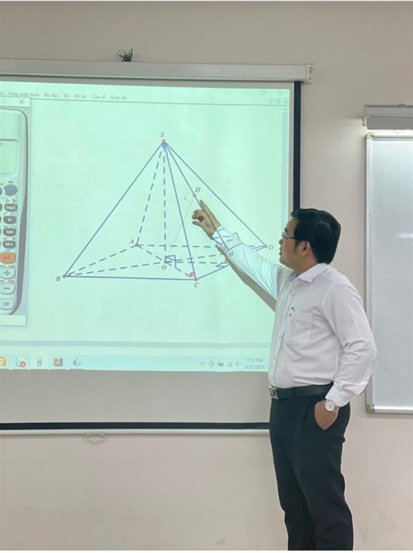Dạy Toán phương pháp 'xoắn ốc' ở lớp thầy Đặng Hoàng Dư