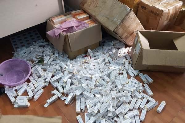 Cảnh sát phát hiện nhóm sản xuất mỹ phẩm giả tại Bắc Từ Liêm