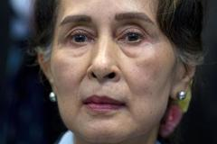 Bà Aung San Suu Kyi đối mặt thêm tội danh
