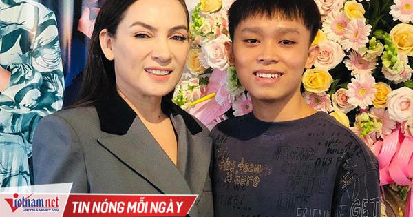 Phi Nhung tha thứ Hồ Văn Cường giữa ồn ào 'tố mẹ nuôi'