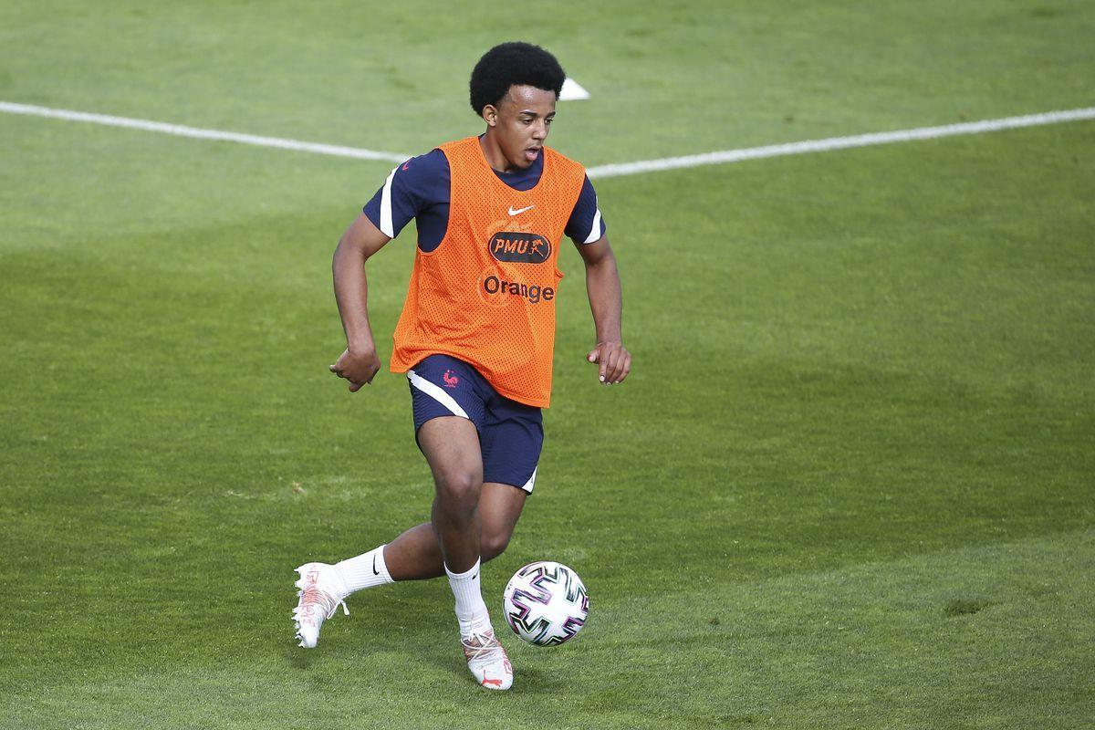MU vs Man City, Chelsea buys Kounde