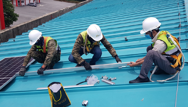 Giải pháp điện mặt trời tự dùng cho nhà máy sản xuất