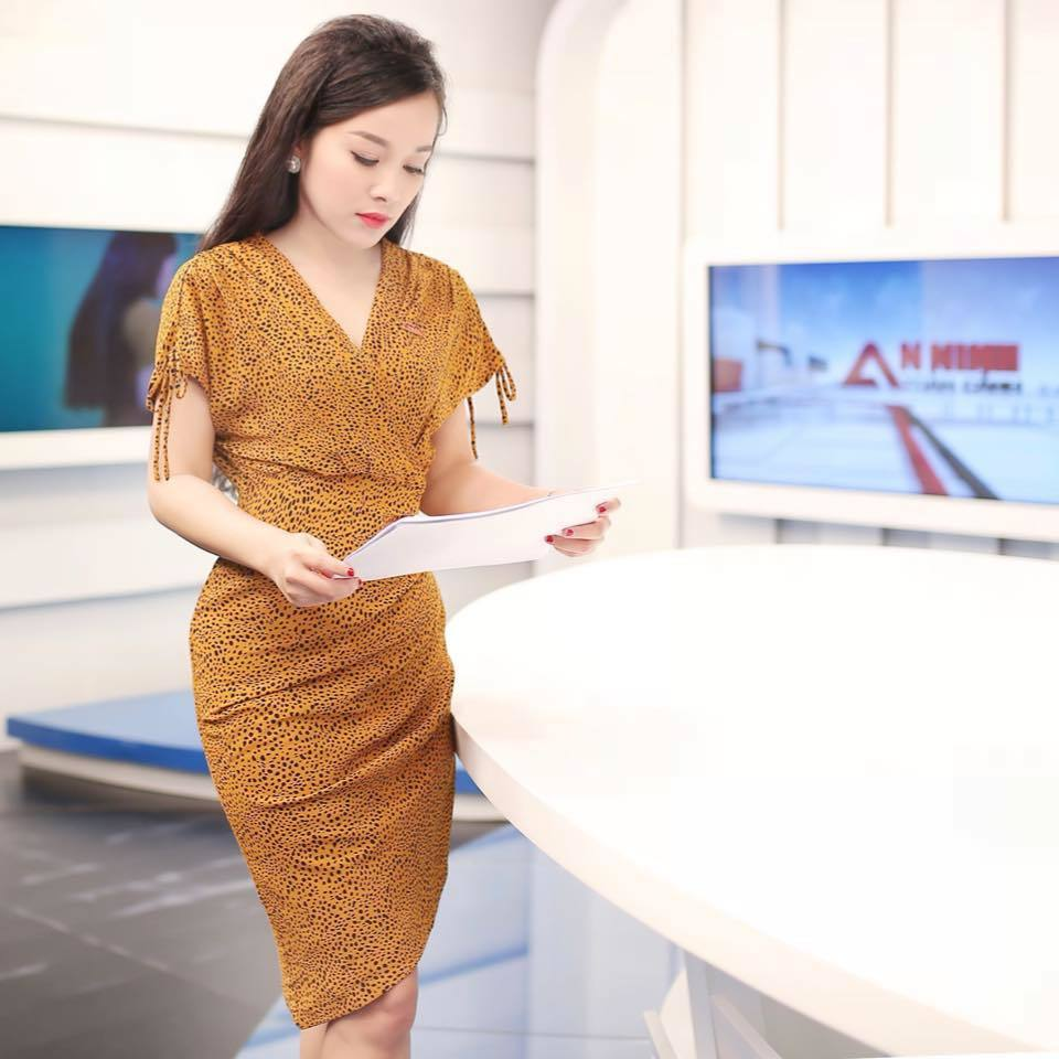 MC Minh Hương kể áp lực làm BTV kênh truyền hình công an