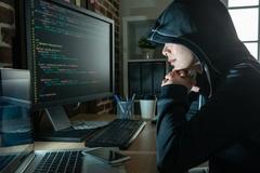 Người phụ nữ U60 làm thủ lĩnh nhóm hacker