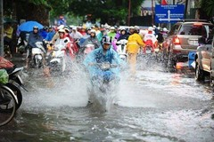 Dự báo thời tiết 11/6: Hà Nội mưa to, cảnh báo giông lốc