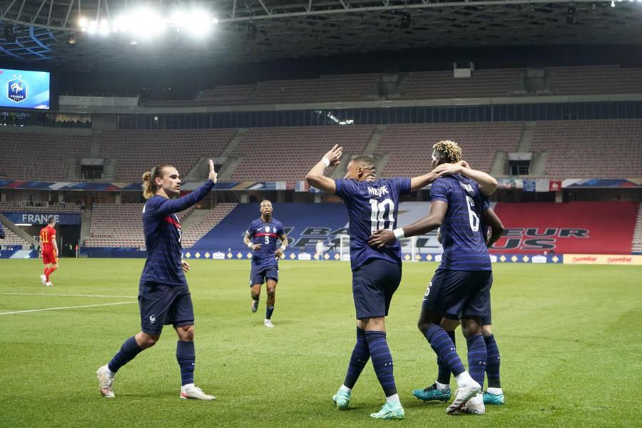 Khai mạc EURO 2020: Vòng vây đại dịch và sức mạnh người Pháp