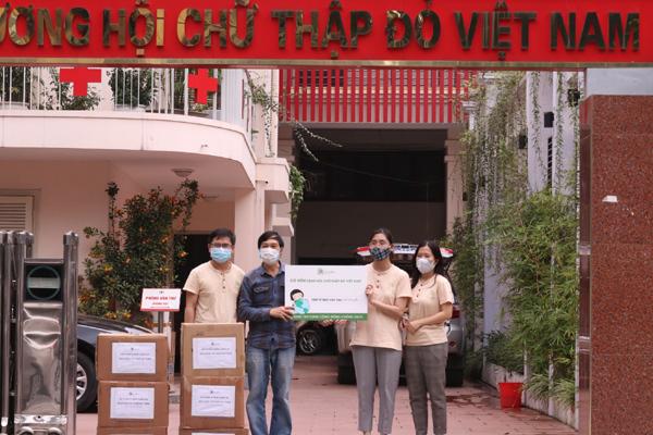 Cỏ Mềm góp Quỹ vắc xin phòng Covid-19, mua vắc xin cho CBNV