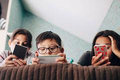 Nghiện màn hình ở trẻ: Phòng bệnh hơn chữa bệnh!
