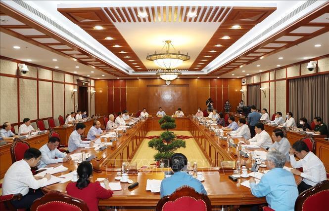 Bộ Chính trị cho thí điểm hộ chiếu vắc-xin với khách quốc tế đến Phú Quốc