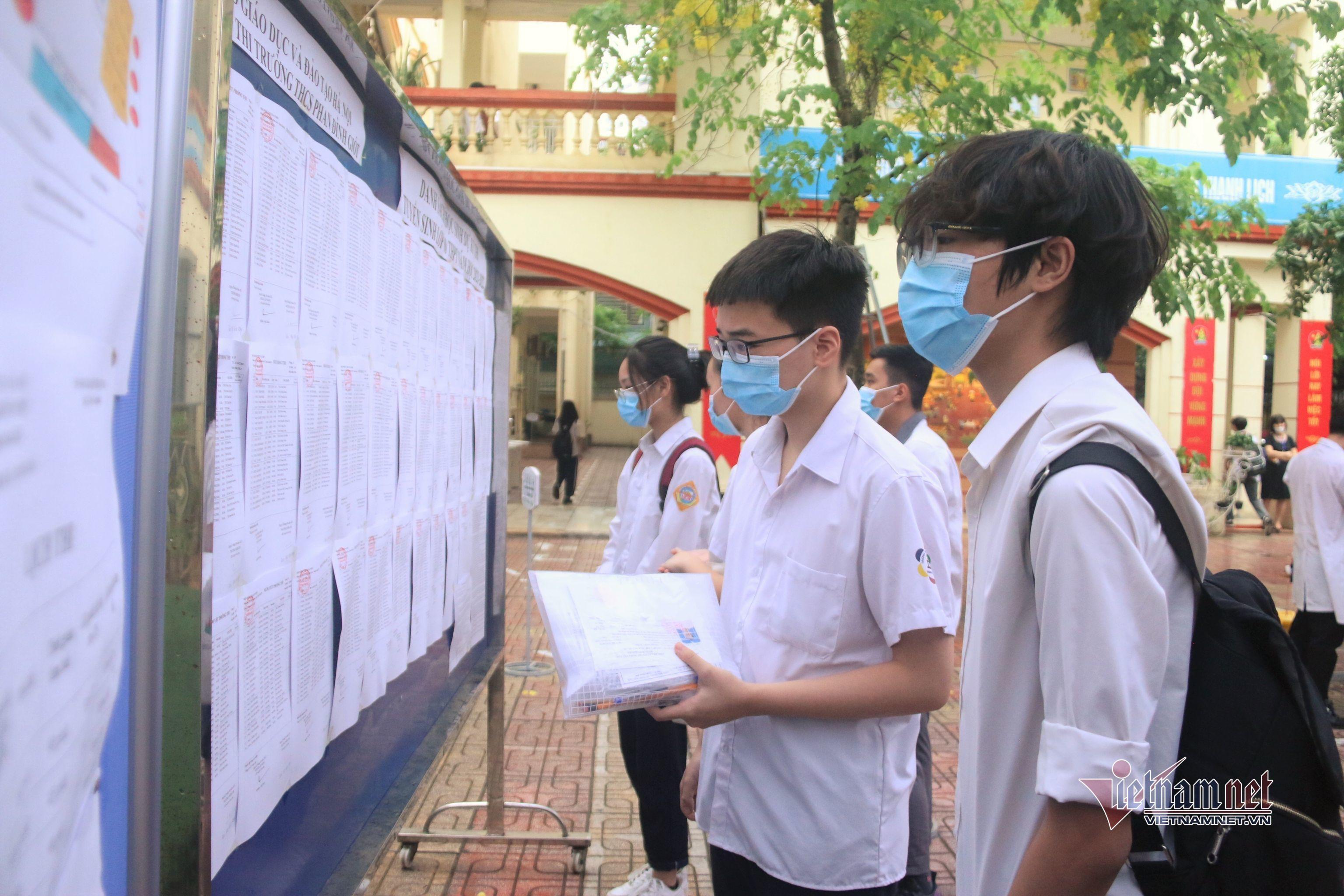 Đề Ngữ văn thi lớp 10 Hà Nội 'không khó, không mới'