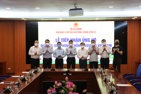 Sun Group góp 320 tỷ đồng vào Quỹ vắc xin phòng Covid-19