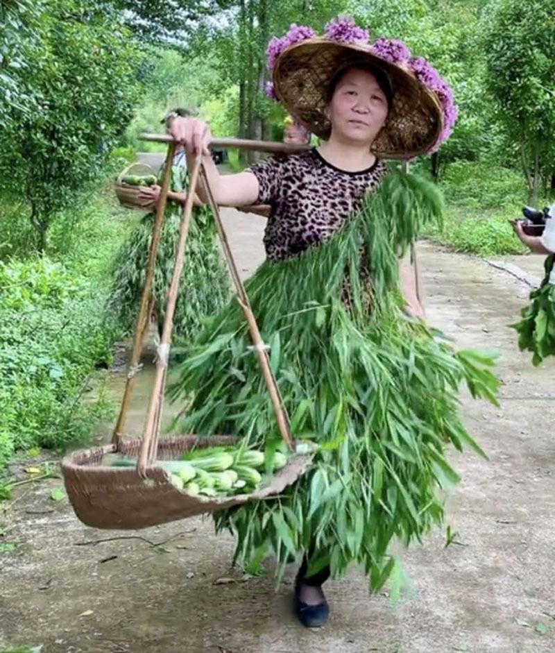 Tuyệt chiêu bán rau của 4 phụ nữ nông thôn Trung Quốc