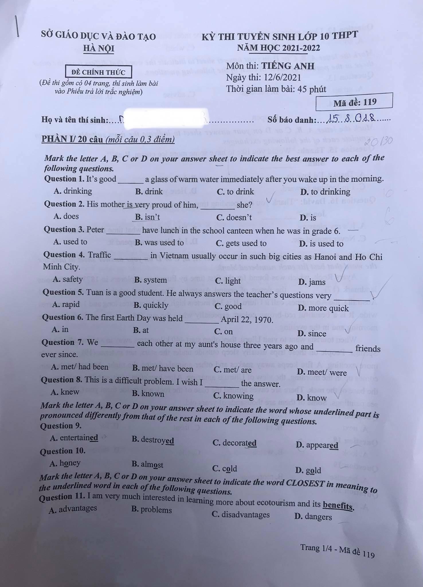 Đề thi vào lớp 10 môn tiếng Anh ở Hà Nội