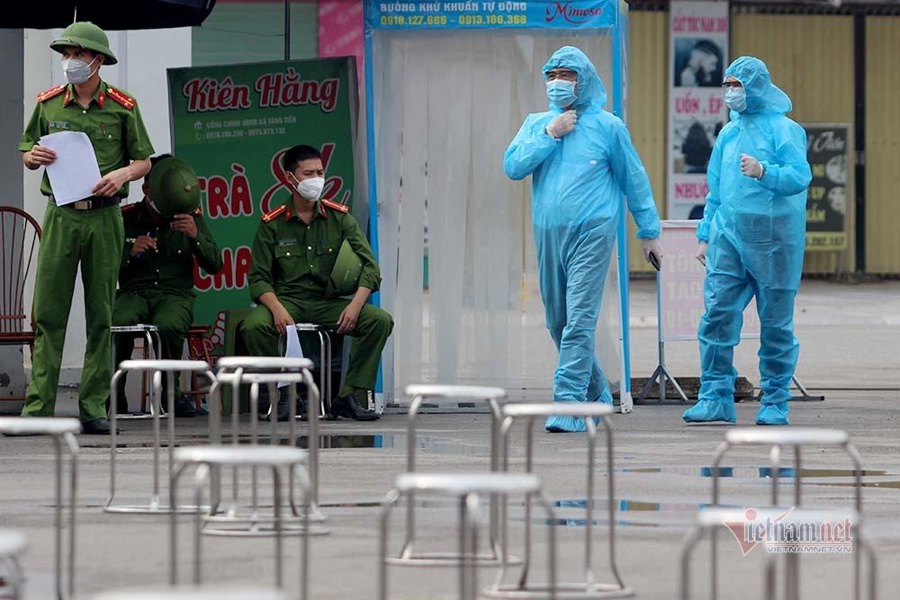 Hình ảnh 400 lao động rời Bắc Giang về quê nhà Sơn La