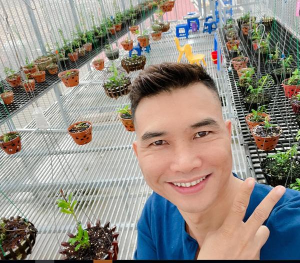 Niềm đam mê hoa lan của ông chủ vườn lan 8X