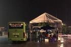 Hà Tĩnh điều xe buýt tới chốt chống dịch để cán bộ chiến sỹ trú mưa