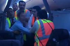 Hành khách tấn công tiếp viên, máy bay Mỹ phải hạ cánh khẩn cấp