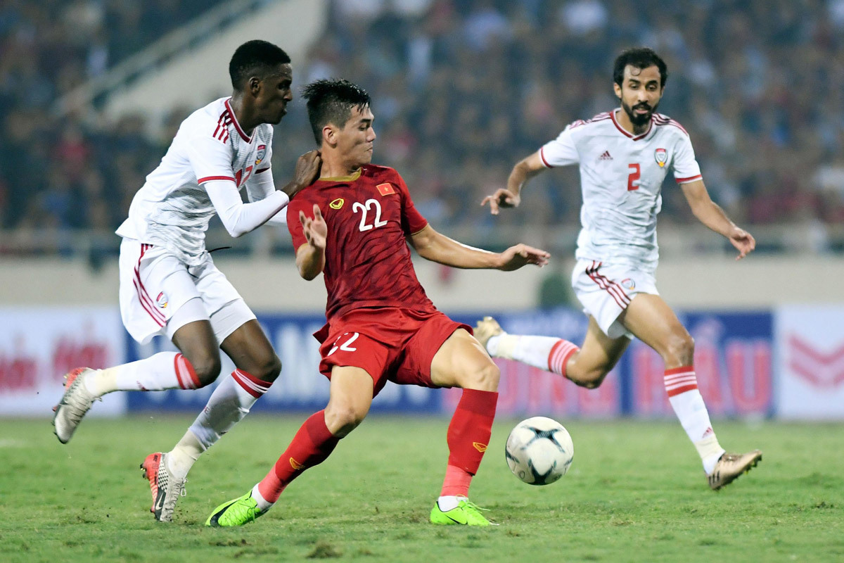 Tuyển Việt Nam rộng cửa đi tiếp, vẫn quyết đấu UAE để dẫn đầu!