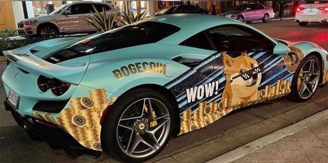 Tiền ảo Dogecoin lên giá, chủ siêu xe Ferrari F8 Tributo làm điều kỳ quặc