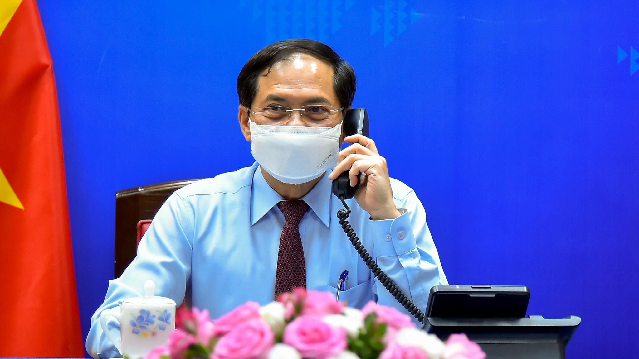Canada cam kết hỗ trợ Việt Nam tiếp cận vắc xin Covid-19