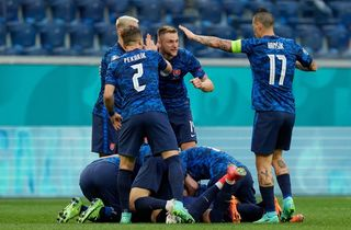 Video bóng đá Ba Lan 1-2 Slovakia - Bảng E EURO 2020