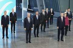 NATO ra tuyên bố cứng rắn với Trung Quốc