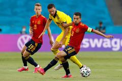 Tây Ban Nha 0-0 Thụy Điển: Thế trận bế tắc (H2)