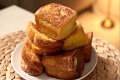 Bánh mì nướng kiểu Pháp vàng giòn cho bữa sáng