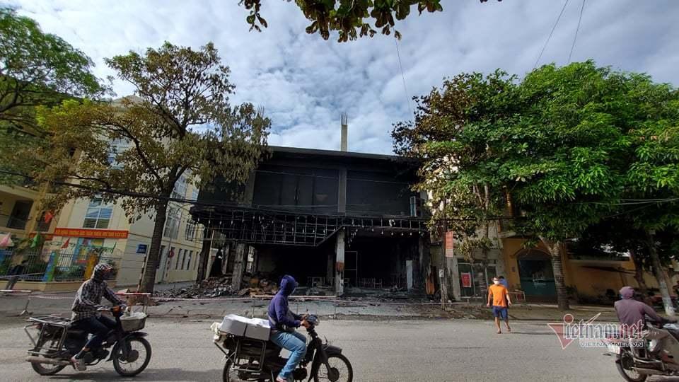 Cháy phòng trà ở Nghệ An, 6 người tử vong trong đêm