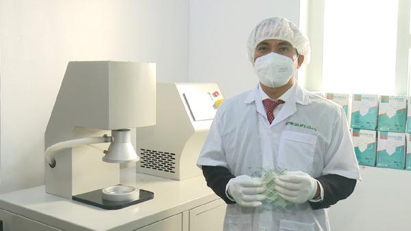 Thích ứng Covid-19, nhà dệt may chuyển hướng sản xuất dụng cụ y tế