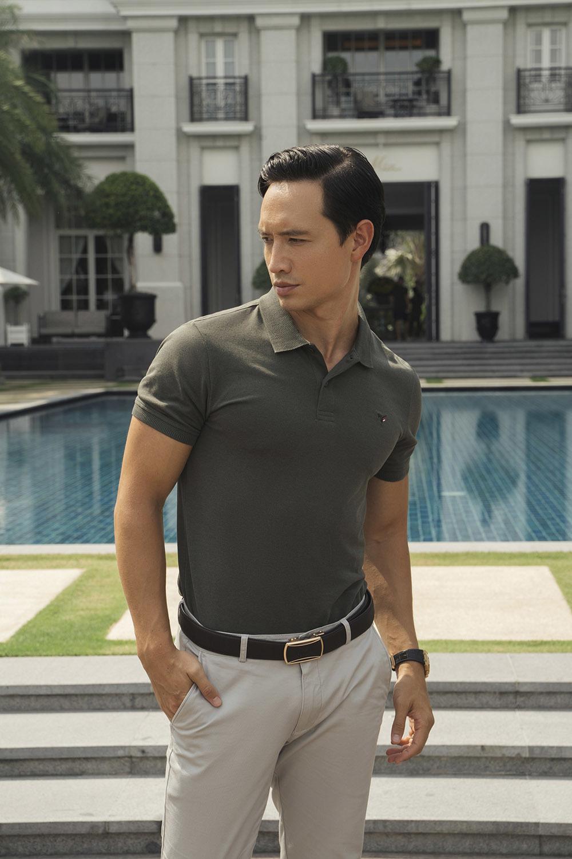 Vẻ điển trai và cuốn hút của 'ông bố hai con' Kim Lý