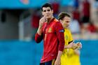 Morata bị chê 'chân gỗ', đồng đội đáp trả đanh thép