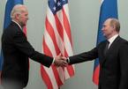 Ông Biden chỉ trích người tiền nhiệm Trump, gọi ông Putin là đối thủ xứng tầm