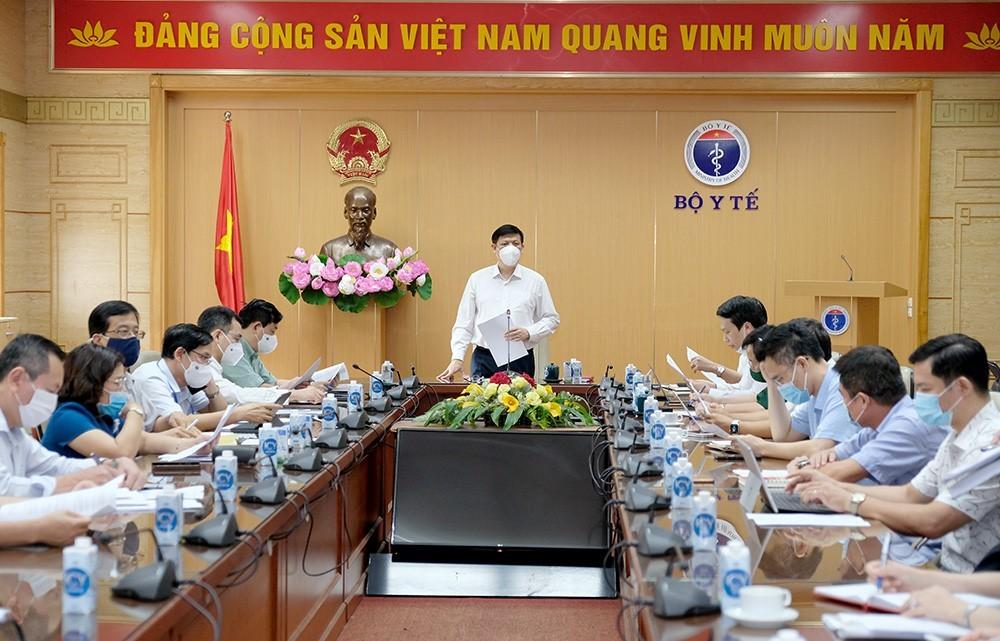 Chiến dịch tiêm vắc xin Covid-19 lớn nhất Việt Nam, huy động quân đội tham gia