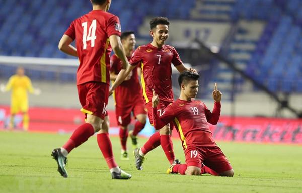 Việt Nam thắng UAE, Budweiser sẽ mời fan bóng đá 1 triệu lon bia