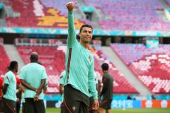 Hungary 0-0 Bồ Đào Nha: Mọi ánh mắt dồn vào Ronaldo (H1)