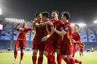 Tuyển Việt Nam làm nên lịch sử dù thua sát nút UAE