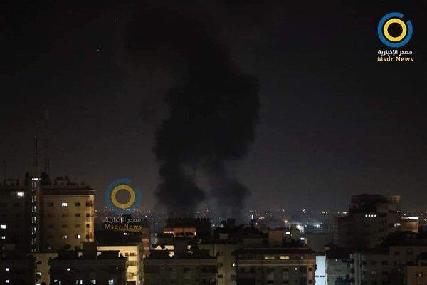 Israel không kích ào ạt vào Dải Gaza