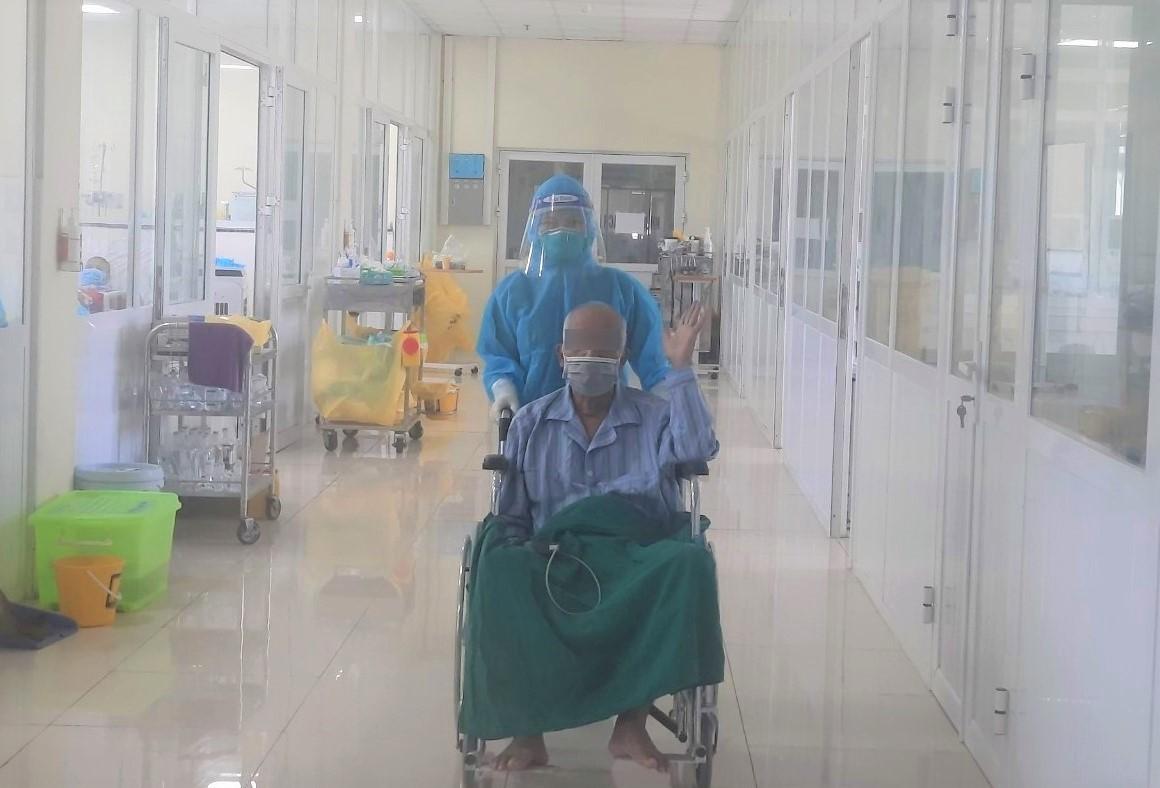 Ca Covid-19 nguy kịch, bệnh nền nặng hồi phục ngoạn mục