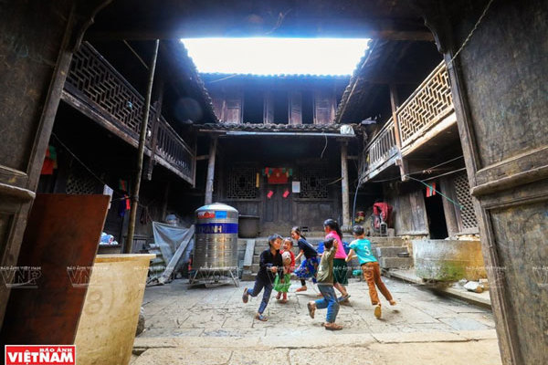 Mysterious ancient house in Ha Giang
