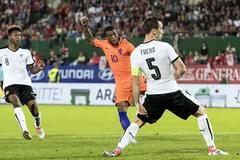"""Kèo Hà Lan vs Áo: Sức mạnh """"cơn lốc da cam"""""""